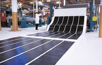 Roofing system combines the power of BASF and solar